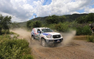 KYB and Toyota enjoy Dakar success