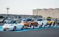 Nissan introduces driverless towing