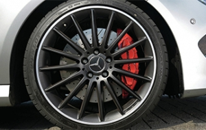 Keep Mercedes-Benz rotors clean
