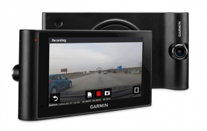 Garmin® introduces an onboard eyewitness with dēzlCam™