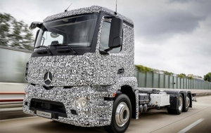 Mercedes unveils the Urban eTruck